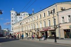 莫斯科,俄罗斯, 2017年4月, 15日 图拉的主教的莫斯科metochion在Myasnitskaya街道上的,安置14 19世纪初 库存图片