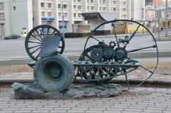 莫斯科,俄罗斯, 2016年4月, 03日,一部分的在V的纪念碑的附近雕刻的构成 g 在Sretensky大道的Shykhov在Mos 库存图片
