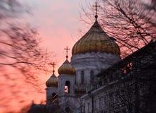 莫斯科,俄罗斯, 2016年1月3日,在基督大教堂的日落救主-著名建筑学地标 免版税库存图片