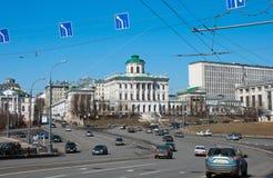 莫斯科,俄罗斯- 13 04 2015年 18世纪的老豪宅- Pashkov议院 目前,俄罗斯国家图书馆在Mosc 免版税图库摄影