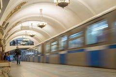 莫斯科,俄罗斯-27 04 2015年 在的移动的火车 图库摄影