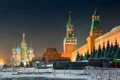 莫斯科,俄罗斯-夜射击了红场-克里姆林宫的看法, 免版税库存照片