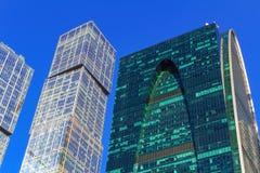 莫斯科,俄罗斯- 2018年4月14日:国际商业中心莫斯科市摩天大楼蓝天背景的 免版税图库摄影