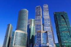 莫斯科,俄罗斯- 2018年4月14日:国际商业中心莫斯科市摩天大楼蓝天背景的 免版税库存照片