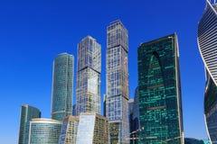 莫斯科,俄罗斯- 2018年4月14日:国际商业中心莫斯科市摩天大楼蓝天背景的 免版税库存图片