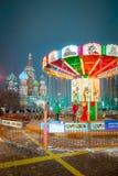 莫斯科,俄罗斯- 2017年12月5日:圣诞树在红场的抵价屋胶在莫斯科,俄罗斯 图库摄影