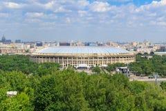 莫斯科,俄罗斯- 2018年5月30日:奥林匹克复杂Luzhniki的大竞技场在晴天 免版税库存图片