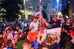 莫斯科,俄罗斯- 2018年7月01日:橄榄球世界杯2018年,庆祝以西班牙的俄国足球迷胜利在莫斯科 免版税库存照片