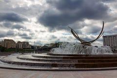 莫斯科,俄罗斯- 2017年9月16日-欧洲喷泉的绑架在欧洲广场的在莫斯科 库存照片