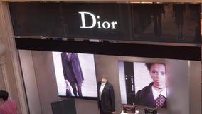 莫斯科,俄罗斯- 2018年8月10日 Dior精品店店面 影视素材