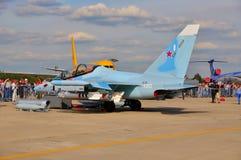 莫斯科,俄罗斯- 2015年8月:攻击机雅克-130手套presen 库存图片