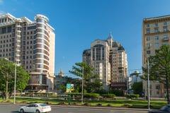 莫斯科,俄罗斯2016年6月-03 在新的Arbat街道的现代建筑学 库存照片