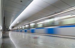莫斯科,俄罗斯- 7月09 2015年 地铁车站Pyatnickoe Shosse内部  库存图片
