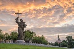 莫斯科,俄罗斯- 2017年7月15日:对圣洁王子Vlad的纪念碑 图库摄影