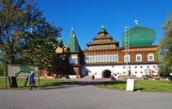 莫斯科,俄罗斯- 2015年10月21日:沙皇阿列克谢米哈伊尔宫殿  库存图片