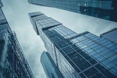莫斯科,俄罗斯- 2016年9月13日:现代玻璃摩天大楼在商业中心 免版税库存照片