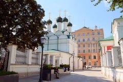 莫斯科,俄罗斯- 2016年8月11日:莫斯科, Pyatnitskaya街道,切尔尼戈夫车道 图库摄影
