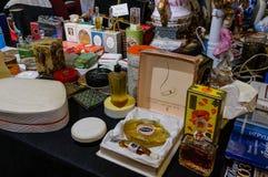 莫斯科,俄罗斯- 2017年3月19日:陈列与二十世纪中叶的普遍的妇女` s香料厂在原物的 图库摄影