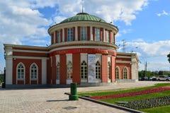 莫斯科,俄罗斯- 2016年6月08日 在博物馆庄园Tsaritsyno的行政大厦 库存照片