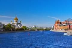莫斯科,俄罗斯- 9月05 :基督教会救主和F 免版税库存照片