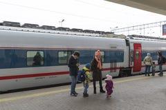 莫斯科,俄罗斯-01 11 2015年 高速火车在 库存照片