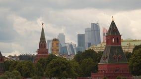 莫斯科,克里姆林宫塔和现代大厦 影视素材