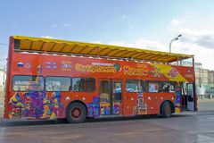 莫斯科,城市视域看见的公共汽车 库存图片