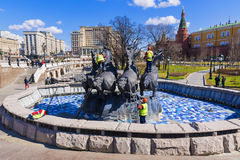 莫斯科, RUSSIA-12 4月:工作者summe的品行准备 免版税库存图片
