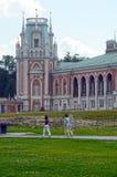 莫斯科 公园Tsaritsyno 全部宫殿 建筑师卡扎科夫 八个有角塔 冒充的Gothik 库存照片