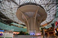 莫斯科-大约2014年12月:机场伏努科沃内部  免版税库存照片