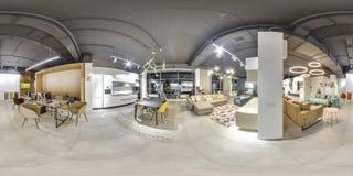 莫斯科- 2018年:家具现代购物中心的设计商店美好的时兴的内部与顶楼内部 与dar的水泥地板 免版税库存图片