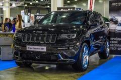 莫斯科- 2016年8月:盛大车落基印第安人的SRT提出了在2016年8月20日的MIAS莫斯科国际汽车沙龙在莫斯科,俄罗斯 库存图片