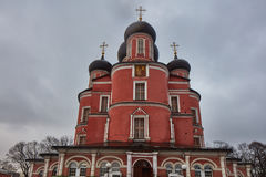 莫斯科- 2017年2月03日:Donskoy修道院和公墓Mos的 图库摄影