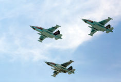 莫斯科- 5月9 :喷气式歼击机参与游行 库存图片