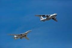 莫斯科- 5月8 :换装燃料的模仿在空气的 免版税库存照片