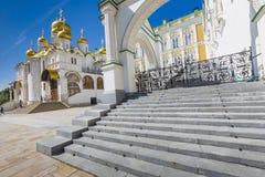 莫斯科- 6月04 :看法著名通告大教堂 免版税库存图片