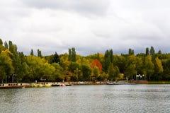 莫斯科Izmailovsky公园在秋天 俄国 库存照片