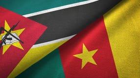 莫桑比克和喀麦隆两旗子纺织品布料,织品纹理 向量例证