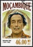 莫桑比克- 2013年:展示萨尔瓦多・达利1904-1989,画家 免版税库存照片