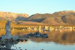 莫诺湖凝灰岩形成 免版税库存图片