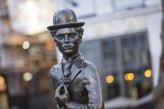 莱斯特广场,伦敦,大伦敦,2019年2月7日,查尔斯卓别林先生雕象  免版税库存图片