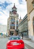 莱比锡,德国- 2016年7月17日:有同水准的城市中世纪街道 免版税图库摄影