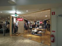 莱维s商店在Goteburg 库存图片