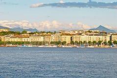 莱芒湖,瑞士都市风景视图  免版税库存照片