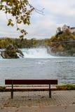 莱茵河瀑布和城堡Laufen 免版税库存图片