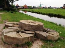 从莱茵河的银行的看法 免版税图库摄影