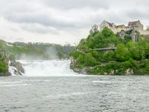 莱茵瀑布在瑞士 库存照片