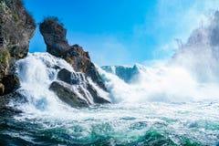 莱茵瀑布看法在沙夫豪森的莱茵河 免版税库存图片