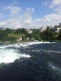 莱茵瀑布,瑞士的看法 库存图片