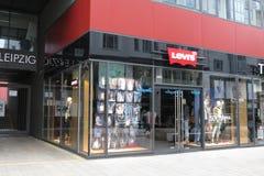 莱维品牌商店在莱比锡 免版税库存照片